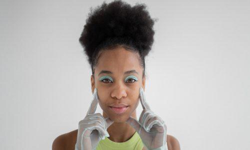 Quais procedimentos estéticos valorizam o contorno do rosto